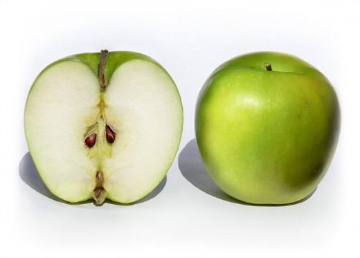 کاشت هسته سیب با روش های مختلف برای سبزه عید