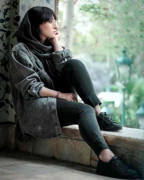 عکس پروفایل تنهایی و غم انگپیز دخترانه لاکچری