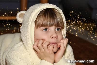 انگ خجالتی بودن به فرزندان خود نزنید تا بتوانید به درمان کودک خجالتی خود کمک کنید