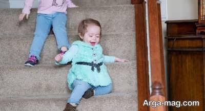 خطرات زیادی کودکی که یاد گرفته است راه برود را تهدید می کند
