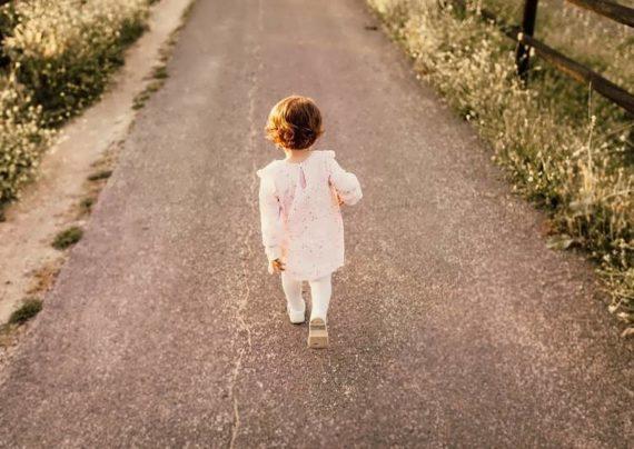 آموزش راه رفتن و سن مناسب