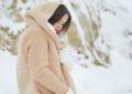 کدام لباسهای بافتنی برای استایل زمستانه ضروری هستند؟