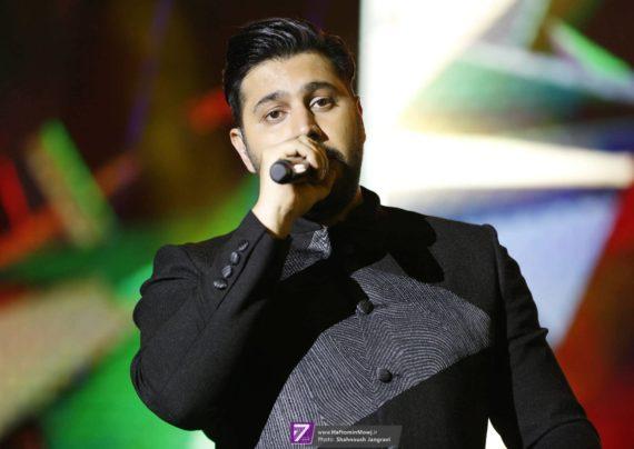 احسان خواجه امیری خواننده معروف موسیقی پاپ ایرانی