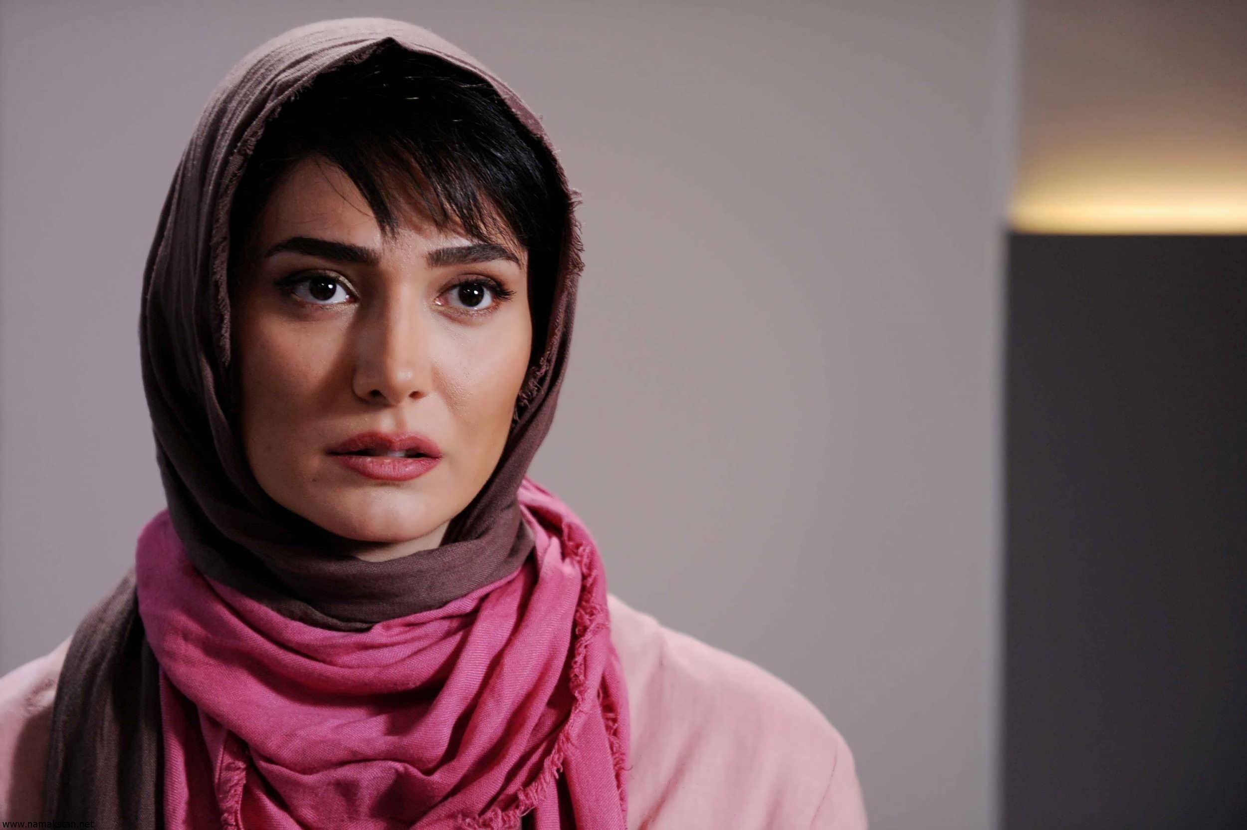 مینا وحید بازیگر نقش جواهر در سریال بانوی عمارت