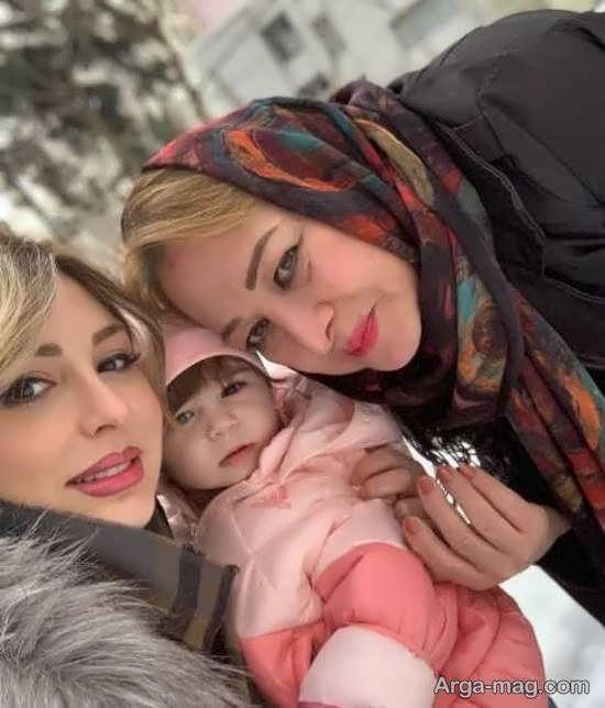 نیوشا ضیغمی و دخترش و مادرش در یک قاب