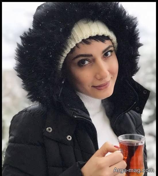 پوشش متفاوت سمیرا حسن پور در روز برفی