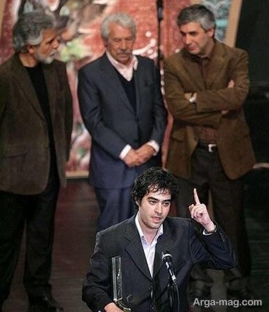 تصویر جوانی شهاب حسینی برنده سیمرغ بلورین جشنواره فیلم فجر
