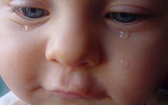 آبریزش چشم ها در کودکان مسئله بسیار مهمی می باشد