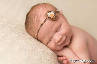 خنده نوزادان در زمان خواب