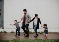 با افزایش دامنه شناخت خود نسبت به فرزندان با آن ها صمیمی شوید