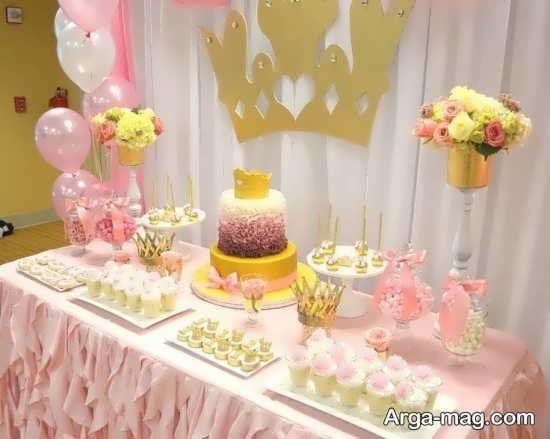دکوراسیون زیبای میز تولد