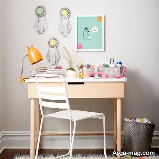تزیین زیبای میز تحریر