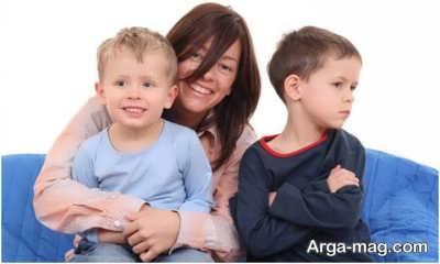 آشنایی با روش های موثر در از بین بردن حسادت کودکان
