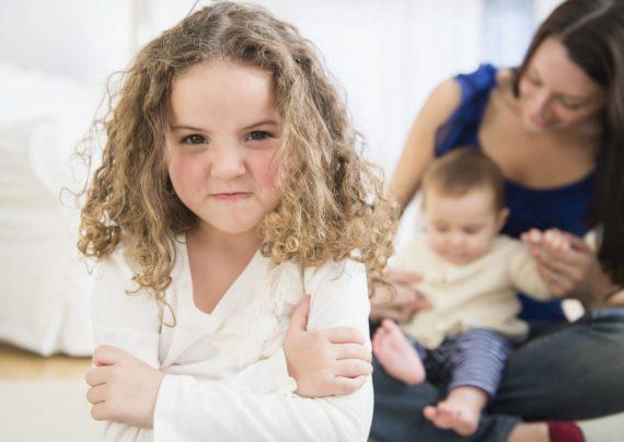 روش های از بین بردن حسادت کودکان