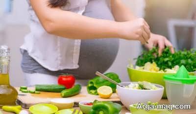 رژیم غذایی مناسب می تواند مشکلات این بحران را کم کند.