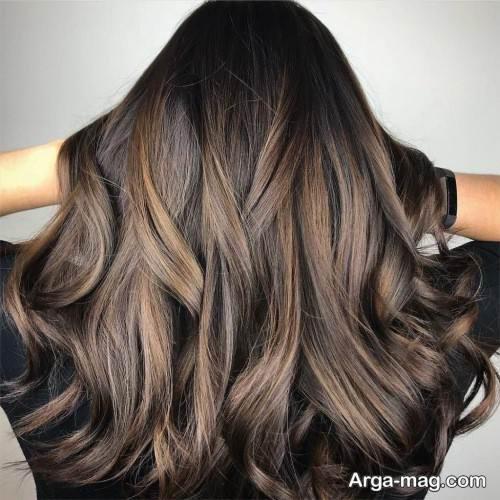 رنگ موی تیره زنانه