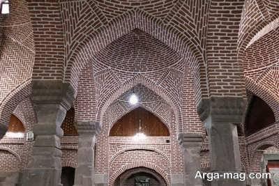 معرفی مسجد واقع شده در میانه