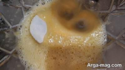 مخلوط شکر و تخم مرغ