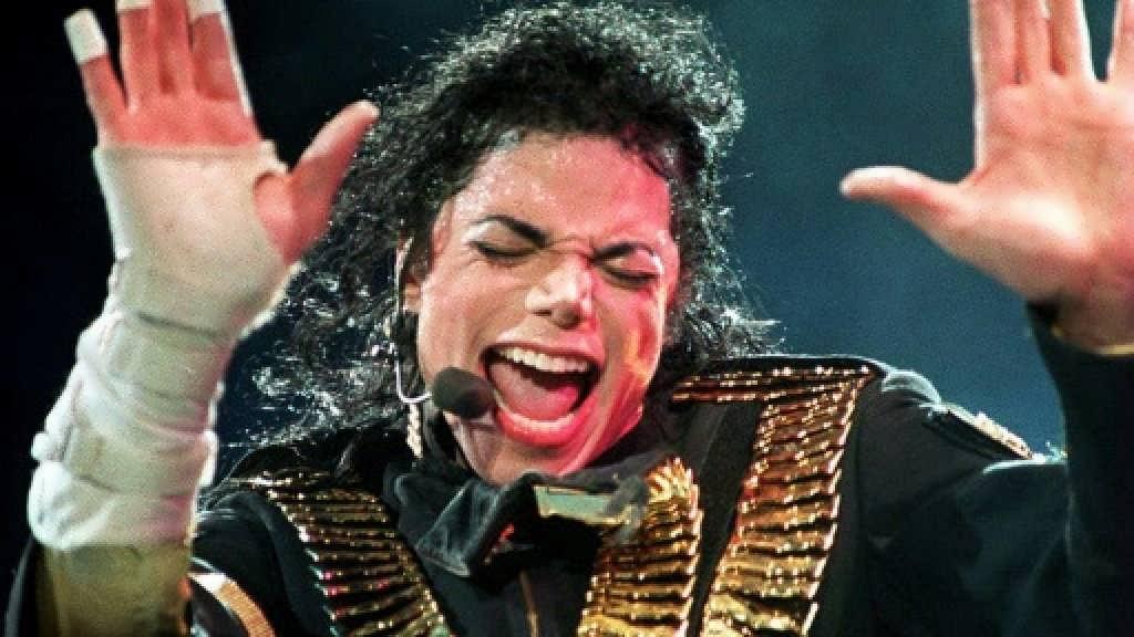 مایکل جکسون خواننده، هنرپیشه طراح رقص و رقاص