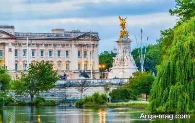 قصر سلطنتی باکینگهام در انگلیس
