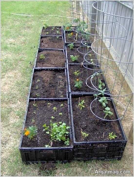 تزیین باغچه با جعبه میوه