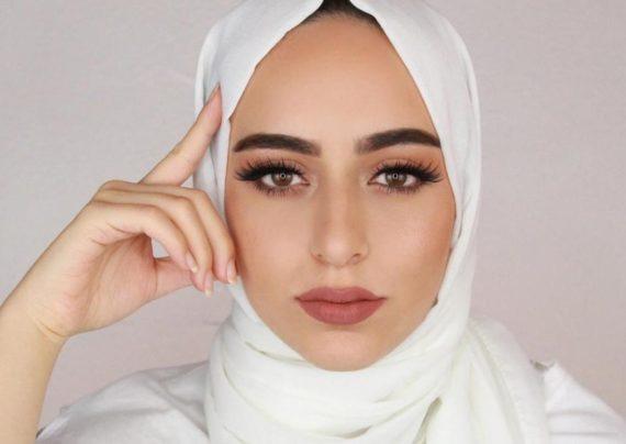 آرایش صورت با حجاب