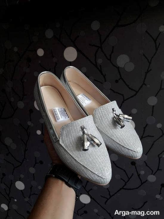 نمونه کفش کالج سفید بهاره