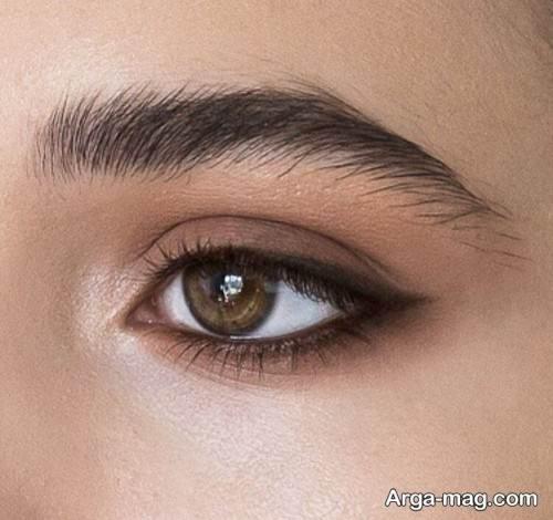 آرایش چشم زیبا و لایت