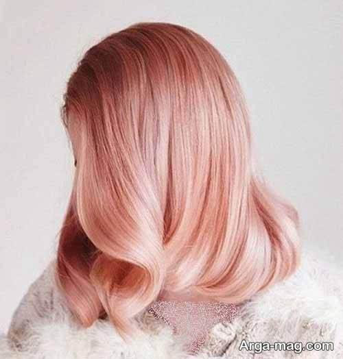 رنگ مو رزگلد با دکلره مخصوص خانم ها