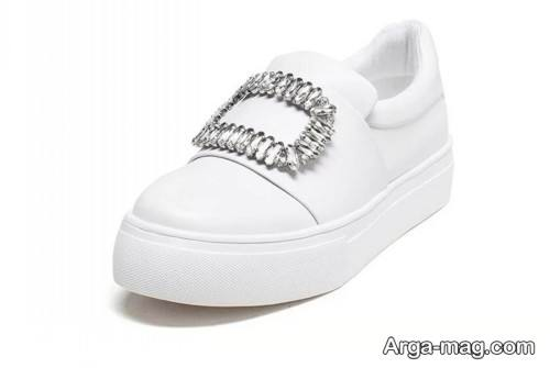 کفش رنگ روشن دخترانه