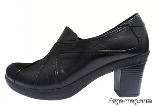 کفش زنانه با پاشنه پهن