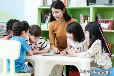 نحوه تدریس زبان به کودکان و ۹ نکته طلایی که نباید فراموش کنید