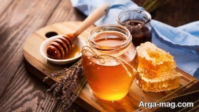 استفاده از عسل برای درمان جوش های سر سیاه