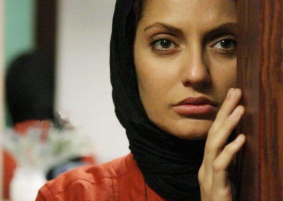 مهناز افشار هنرپیشه معروف سابق ایرانی، و داور برنامه ماهواره ای