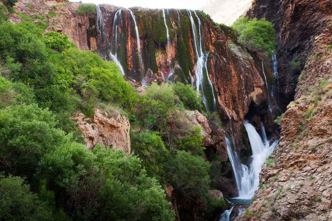 آبشار سفید آب لرستان
