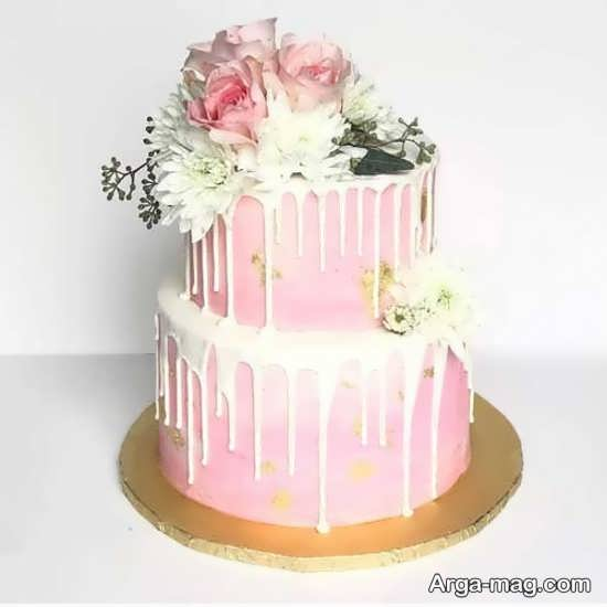 کیک چند طبقه با تزیینات شیک