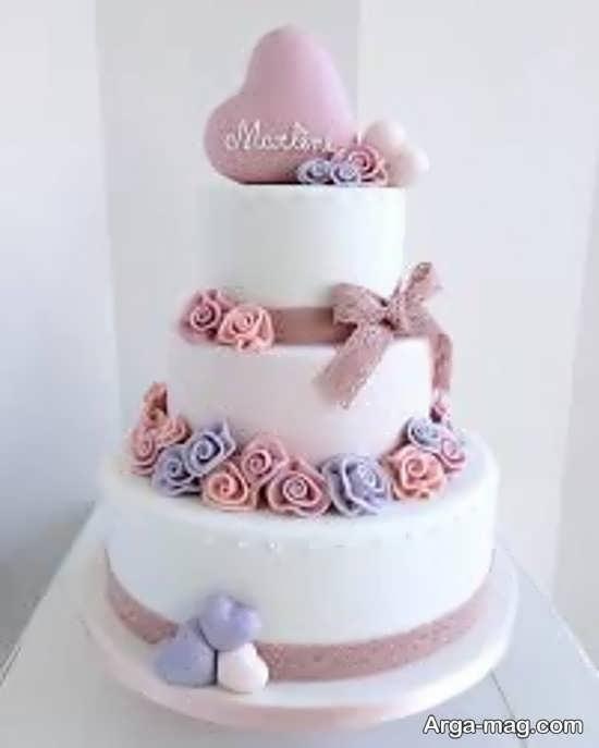 تزیین زیبای کیک چند طبقه