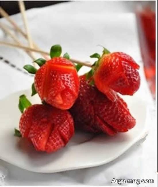 تزیین میوه توت فرنگی