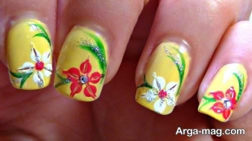 طراحی ناخن گلدار و زیبا