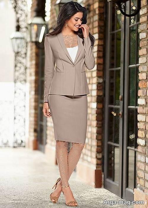 کت و دامن رسمی و رنگ روشن زنانه