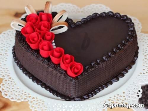 کیک قلبی شکلاتی