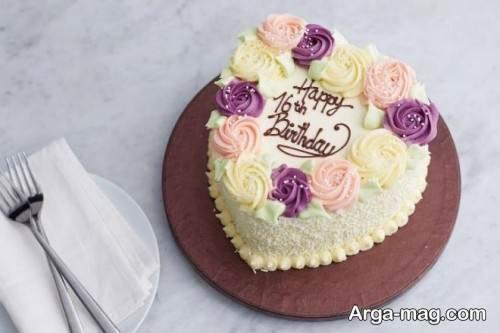 تزیین ساده کیک قلبی