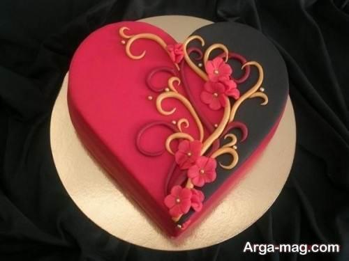 تزیین کیک به شکل قلب
