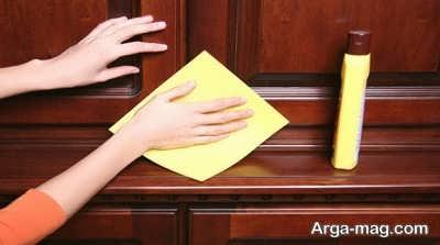 روش های تمیز کردن و پاکسازی وسایل چوبی