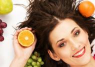 مهم ترین خوراکی های مفید برای پوست