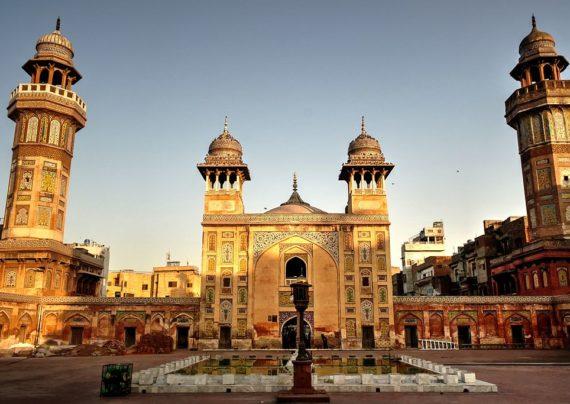 مسجد وزیر خان در لاهور پاکستان