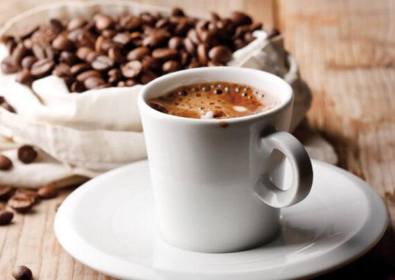 آشنایی با عوارض نوشیدن قهوه برای کودکان