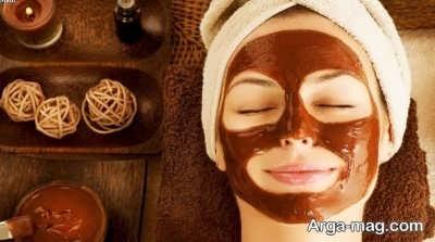 ماسک قهوه بر روی پوست