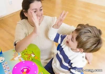 تشویق نمودن کودک
