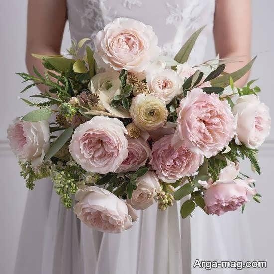 تزیین دسته گل عروس اروپایی